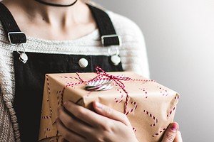 8 подарков на 8 марта: лучшие гаджеты для женщин