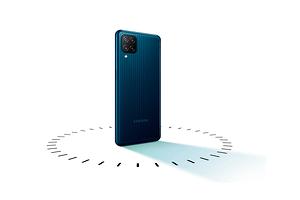 В Россию прибыл доступный монстр автономности Samsung Galaxy M12
