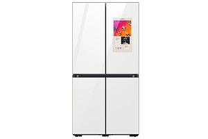Вместо диетолога и жены: Samsung представила сверхумный холодильник Bespoke