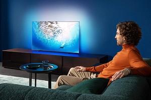 Обзор 4К-телевизора Philips 55OLED805: глубокий черный и технология Ambilight