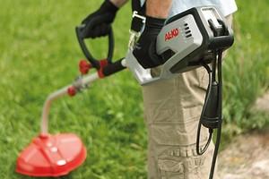 Какой должна быть мощность хорошего триммера для травы?