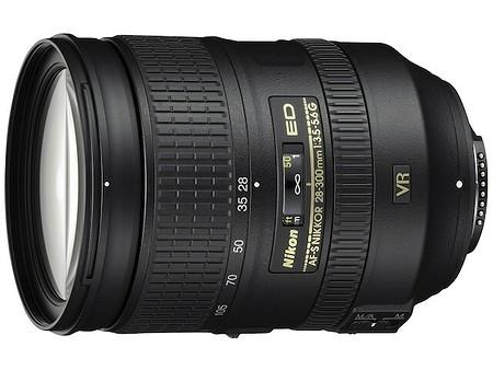 Nikon AF–S Nikkor 28–300 mm f/3,5–5,6 G ED VR