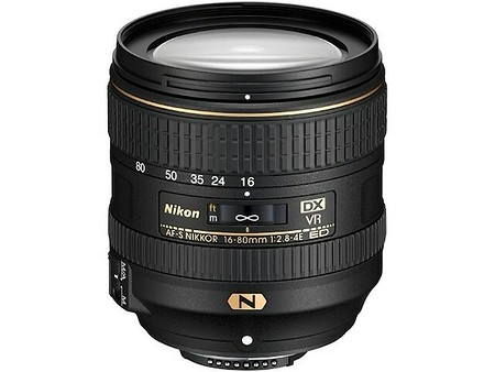 Nikon AF–S DX Nikkor 16–80mm f/2,8–4E ED VR