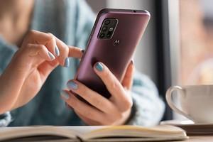 Обзор смартфона Motorola Moto G30: готов поспорить с «китайцами»