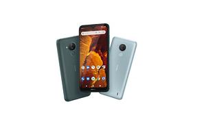Nokia с большим экраном дешевле 10 000 рублей: стартовали российские продажи смартфона Nokia С30
