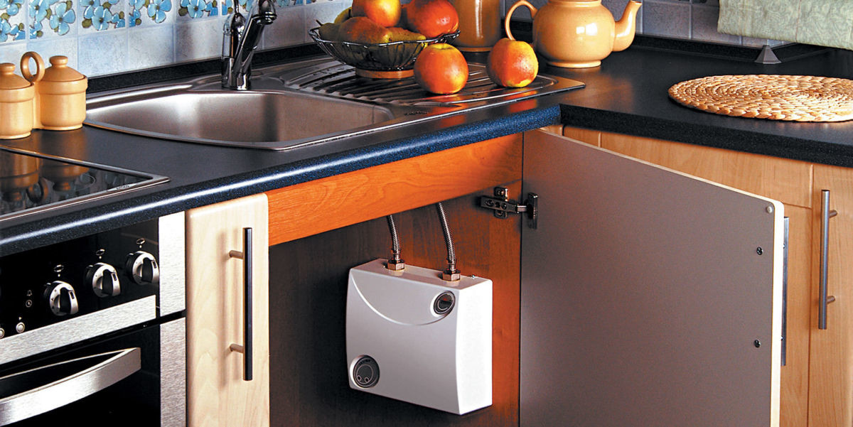 Выбираем проточный электрический водонагреватель для квартиры: модели на любой вкус